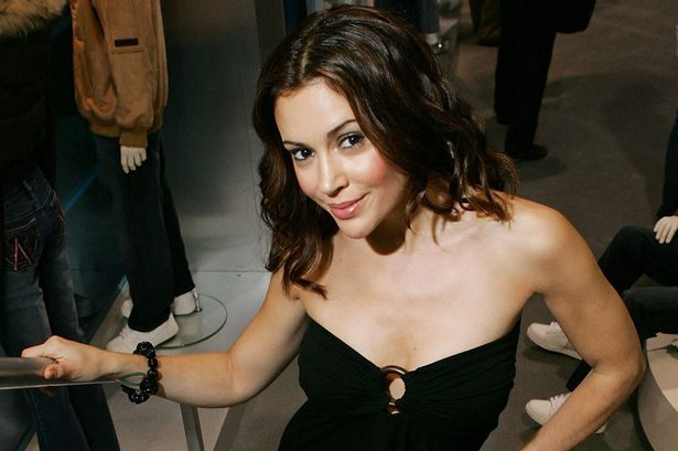 Alyssa Milano Wants to Star in CHARMED Reboot! image