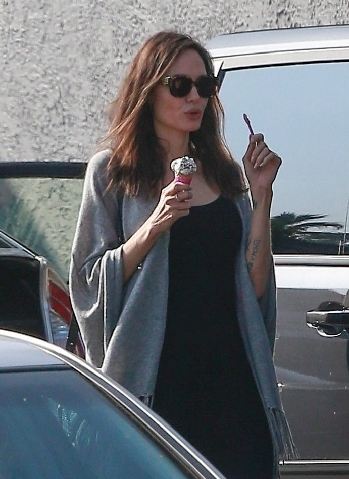 Angelina Jolie Goes Halloween Shopping, Stops for Ice-CREAM! image