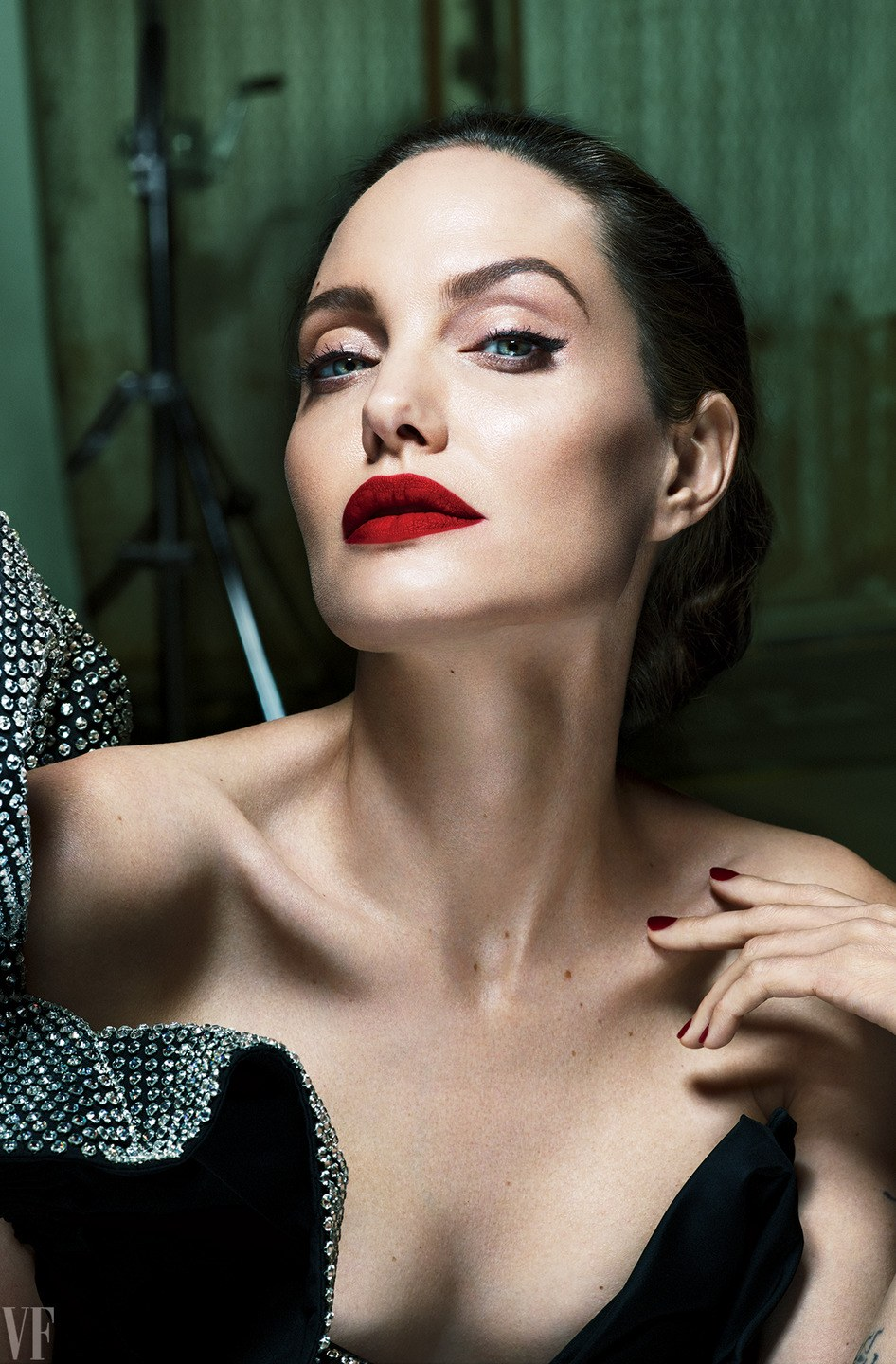 Angelina Jolie is a MALEFICENT Woman On 'Vanity Fair' Cover image