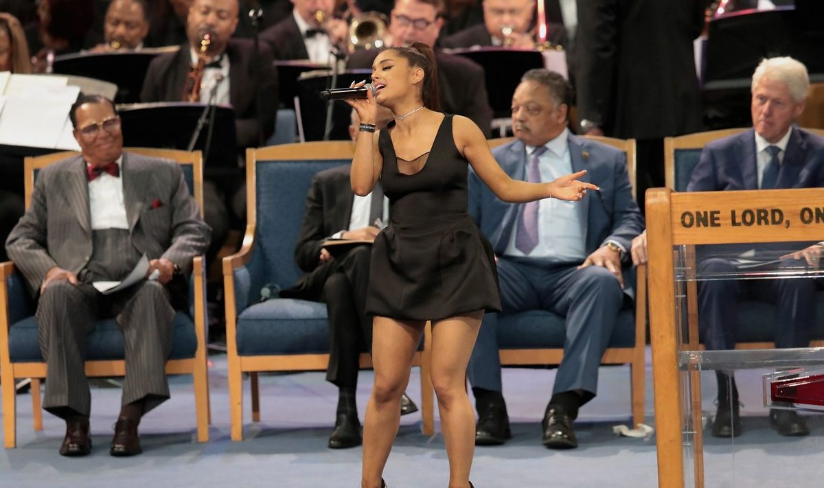 Funeral Priest Apologizes to Ariana Grande for Touching Breast image