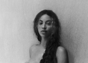 Beyoncé Posts NUDE Photo While Pregnant