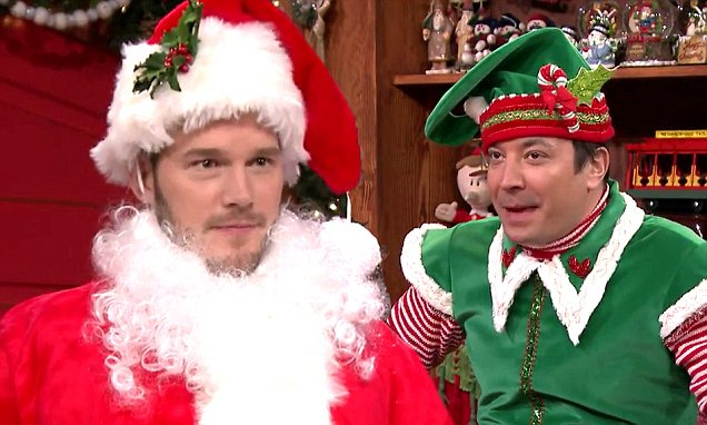 Chris Pratt Dresses Up As Santa On Jimmy Fallon