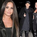 Demi Lovato is 'Sorry Not Sorry' at MTV EMAs image