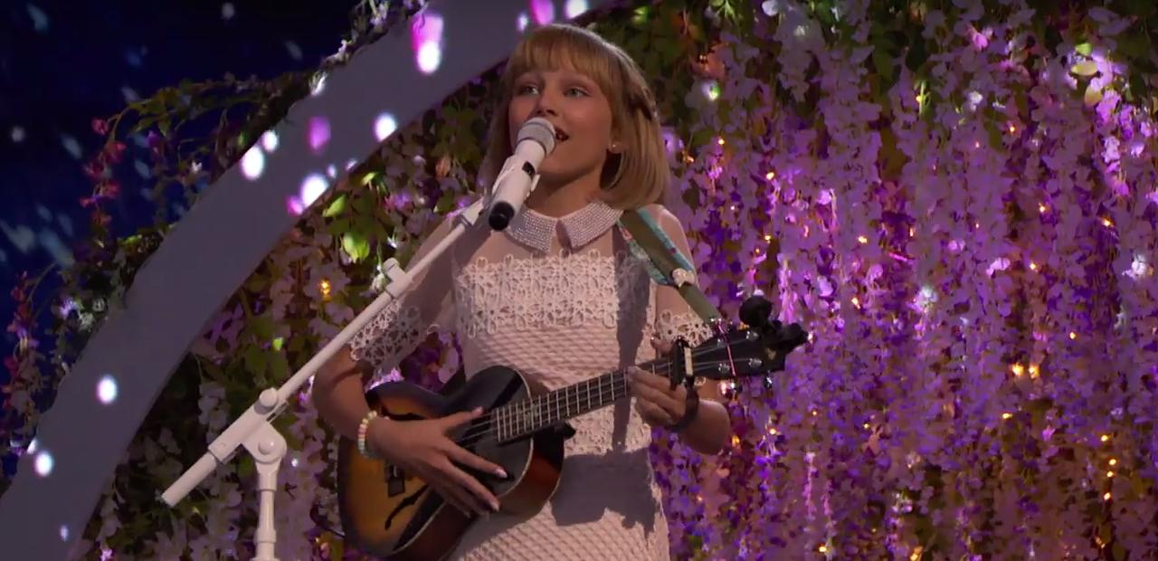 Viral Star Grace VanderWaal Performs 'I Don't Know My Name' on 'America's Got Talent' 2016 Finale image
