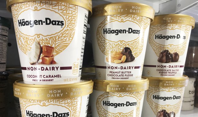 the marketing mix at haagen dazs and beechdean dairies essay The market was dominated by haagen-dazs and ben 8: jerry's: in 1993 the former held 62 percent of the market while ben & jerry's held 36 percent but by early i995 both held roughly 42 percent haagen-dazs had entered the superpremium market back in 1961.