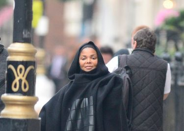 Janet Jackson's Jehovah Witness Family REJECT Her Conversion to Islam!
