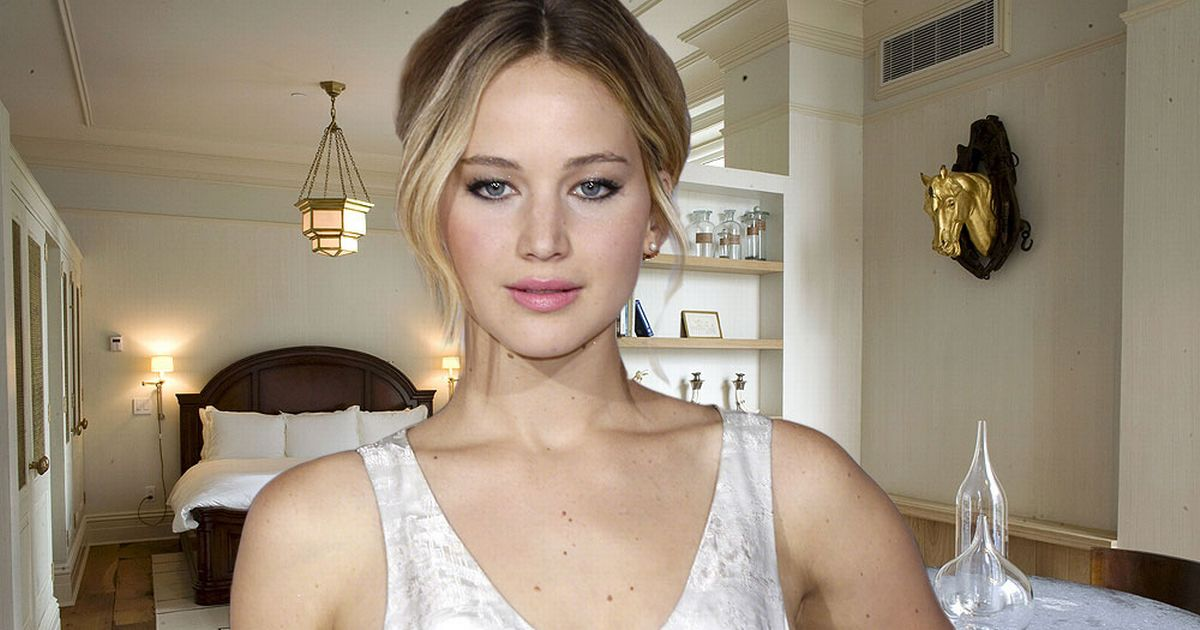 "Jennifer Lawrence Says She's Not ""Very STRICT"" About Dieting!"