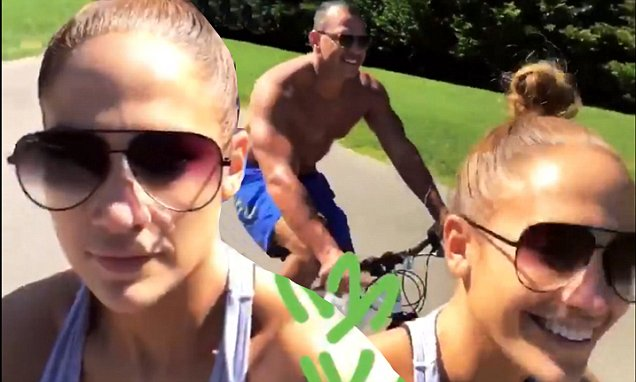 Jennifer Lopez Goes on NUDE Bike-Ride With Alex Rodriguez!