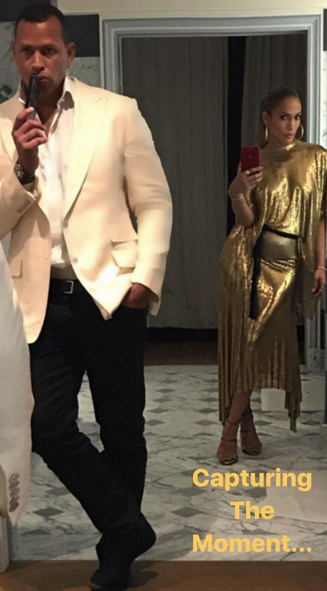 Jennifer Lopez Posts Romantic Photos From Paris Trip With ALEX Rodriguez!