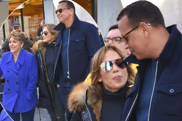 Jennifer Lopez is OBSESSED With ALEX RODRIGUEZ, Doesn't Let Him Out of Sight! image
