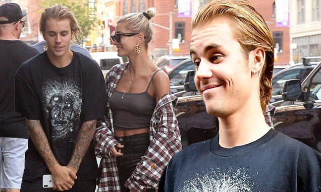 Justin Bieber and Hailey Baldwin Get a Haircut! image