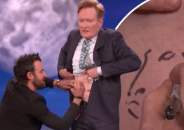 Justin Theroux Gives CONAN a TATTOO!
