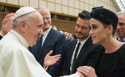 Katy Perry and Orlando Bloom Go on a DATE to the Vatican!