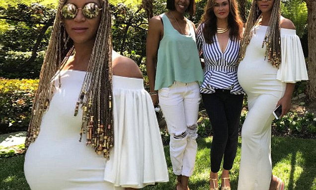 Kelly Rowland and Beyoncé Celebrate Easter Together...Where you at Michelle? LOL image