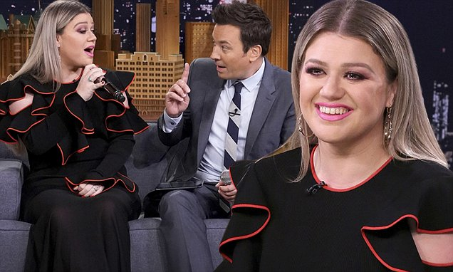 Kelly Clarkson To Host New Talk-Show, Makes Announcement! image