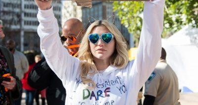 Kesha Dares Trump to GRAB HER