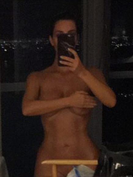 kim-kardashian-naked