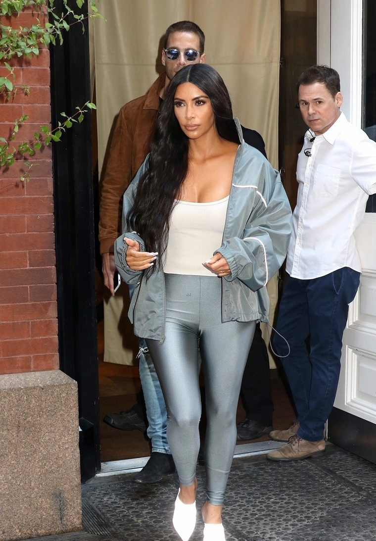 Kim Kardashian Silver Look After MET GALA! image