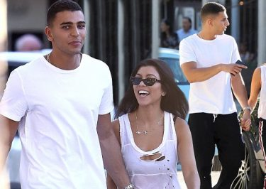 Kourtney Kardashian Holds Hands With New Boyfriend Younes Bendjima!