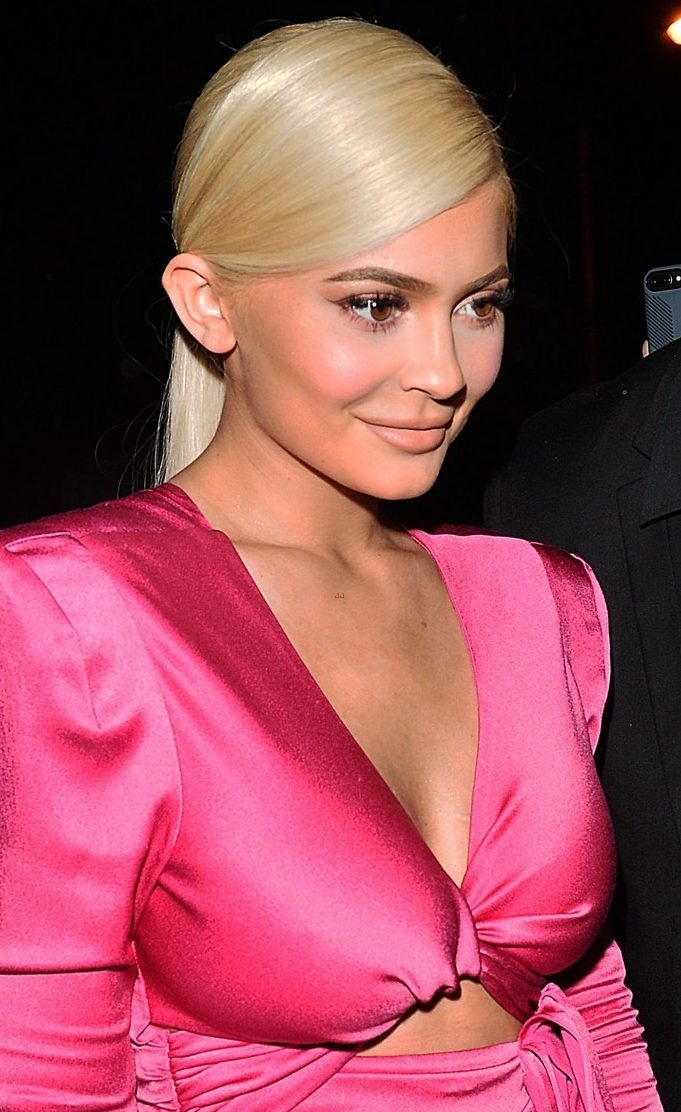 Kylie Jenner Goes Blonde Before 21st Birthday image