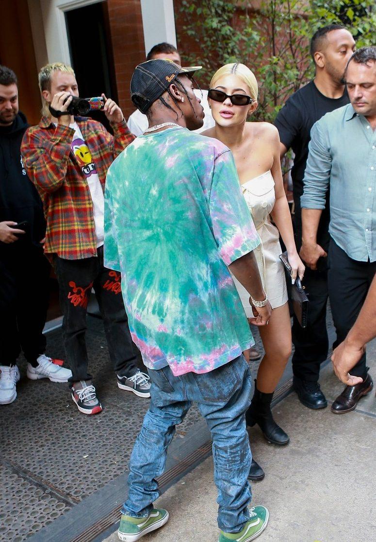 Kylie Jenner Kisses Travis Scott Goodbye...FOR GOOD??