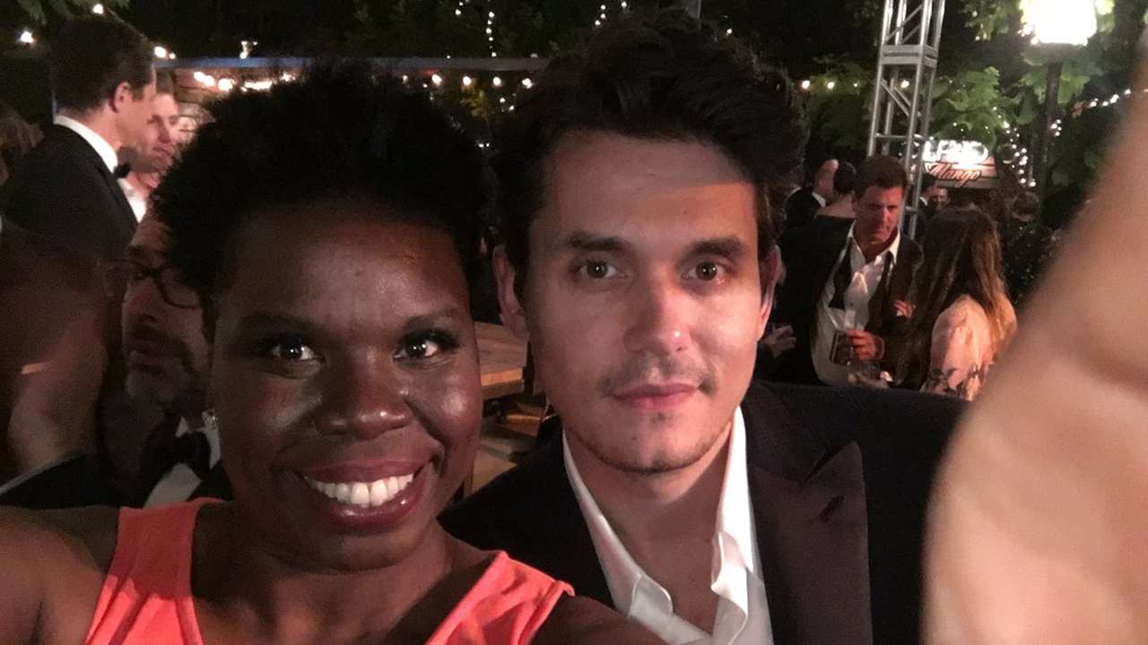 leslie-jones-john-mayer