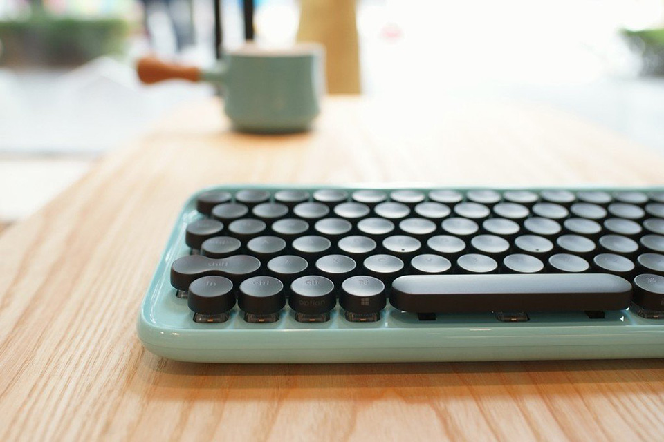 Turn Your Keyboard Into a Typewriter With Lofree
