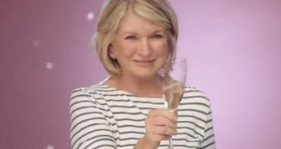 HORRIBLE IMPRESSIONS: Martha Stewart Talks About Her WORST DATE EVER!