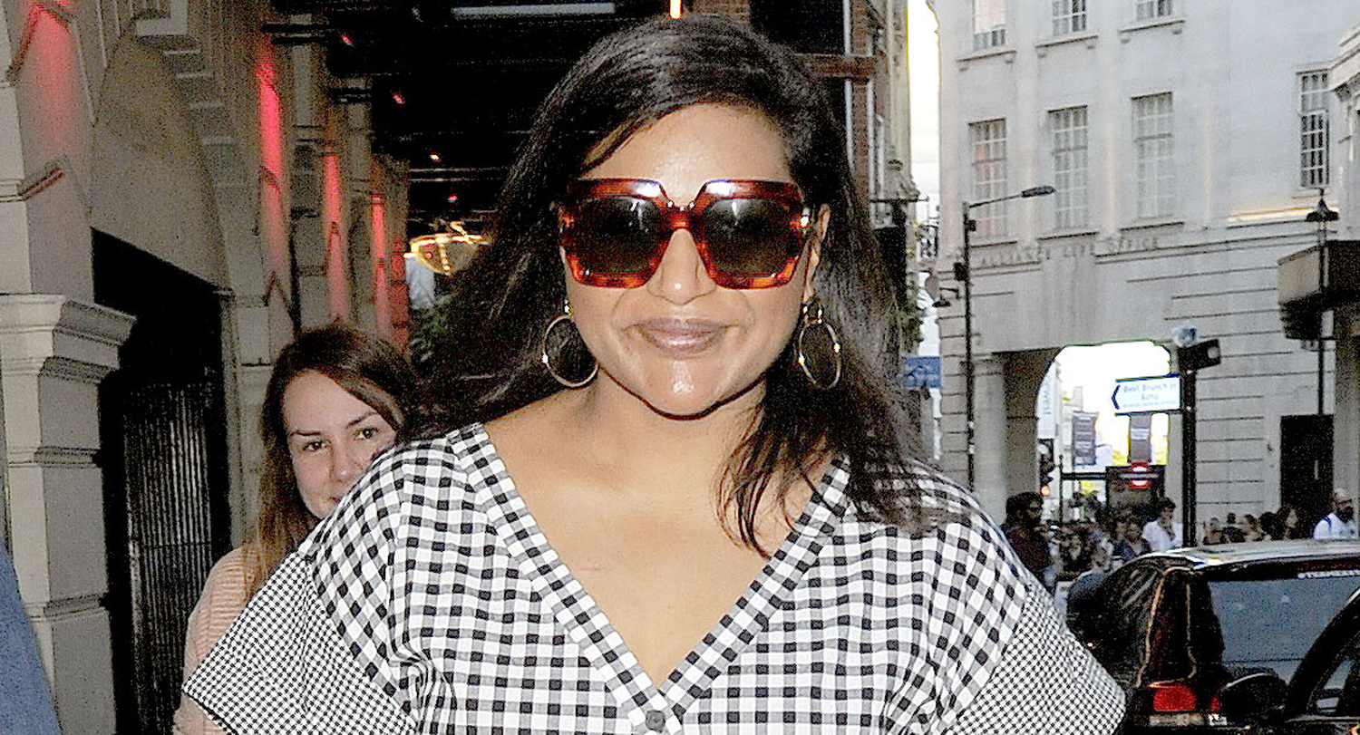 Mindy Kaling Wears Checkers While Walking to Important Appointment! image