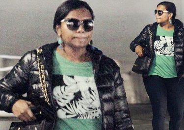 #MARRIAGE: Mindy Kaling to Officiate a WEDDING!