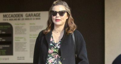 Miranda Kerr, Pregnant, Meets Friends For LUNCH!