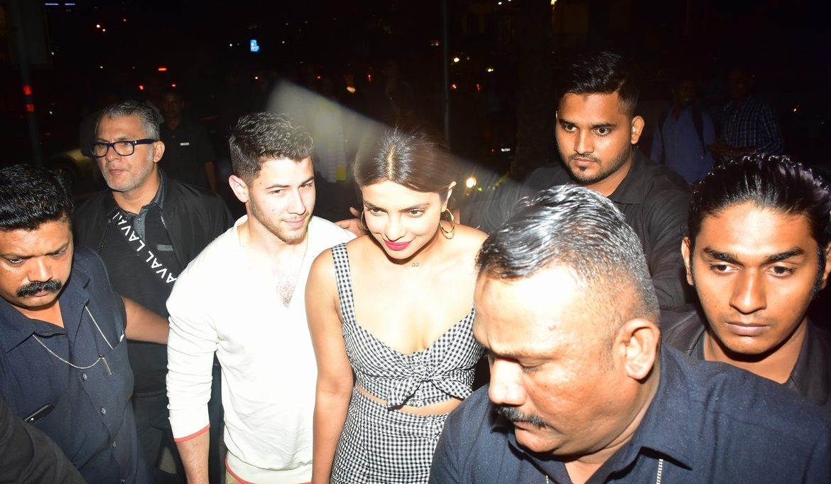 MONSOON SZN: Priyanka Chopra and Nick Jonas Enjoy Inappropriate Date in Mumbai! image