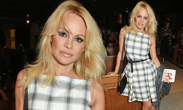 Pamela Anderson Says Pornography Has Made Men Weird in Bed! image