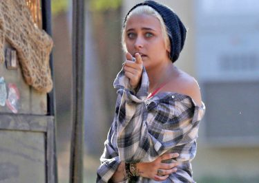 Paris Jackson BEGGING The Internet to Stop Bullying Her!