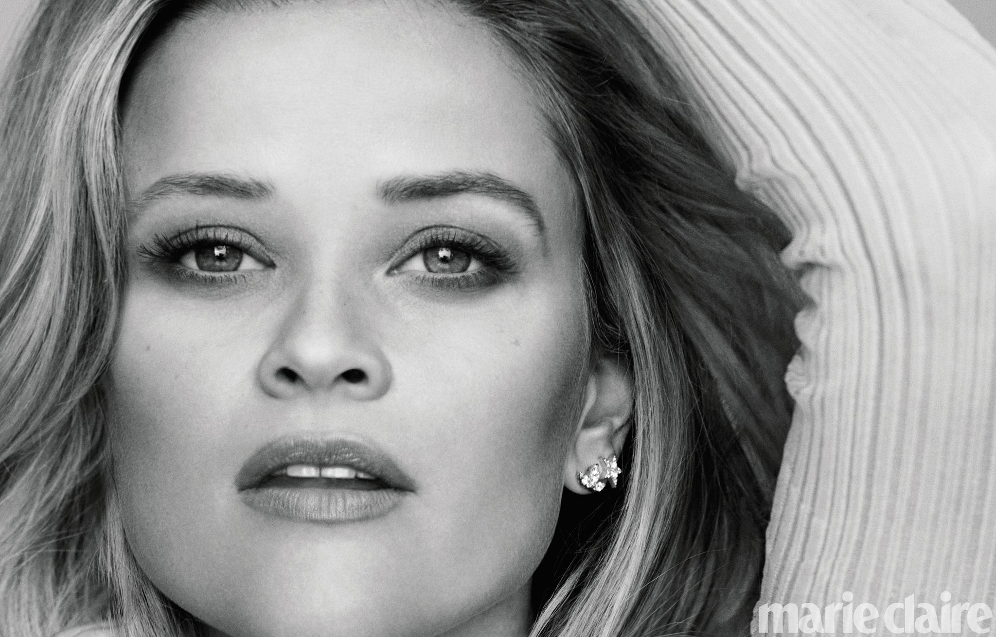 Reese Witherspoon Covers MARIE CLAIRE, Talks FEAR image