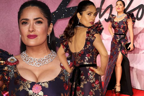 Salma HAYEK Donates $100,000 to Victims of Mexican Earthquake!
