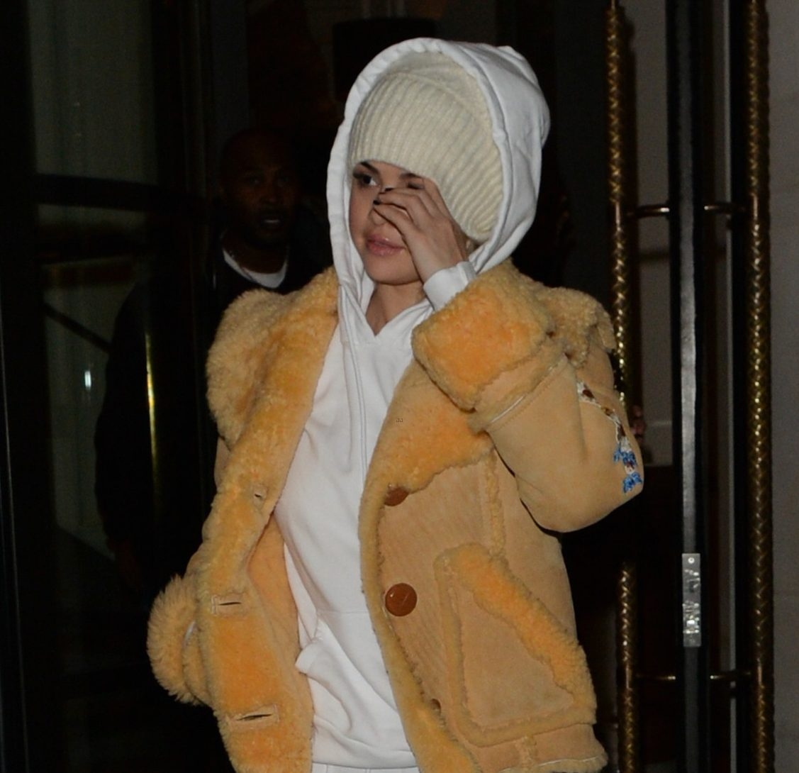 SELENA GOMEZ is Winter-Ready in London!