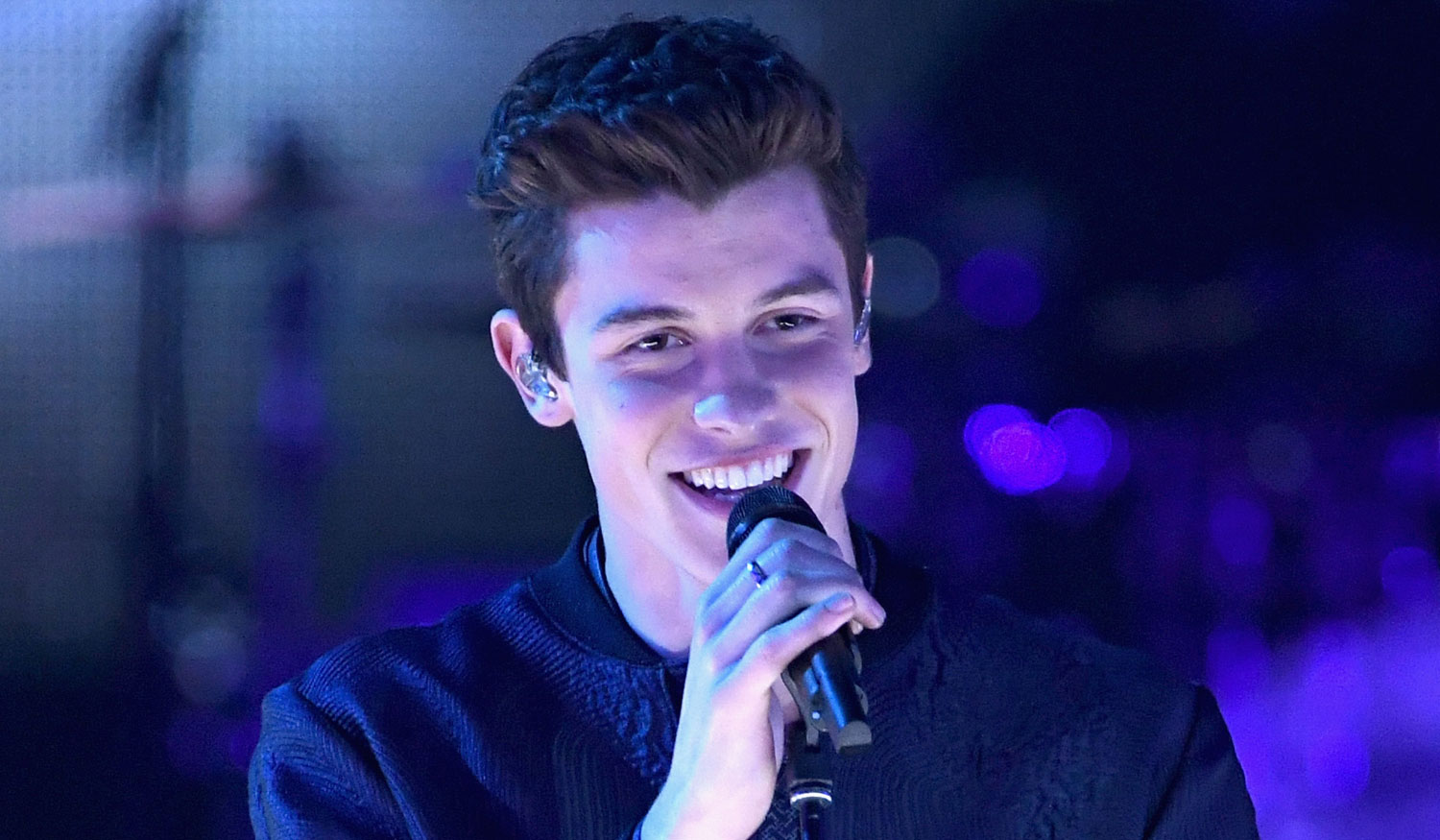 Shawn Mendes - 'Mercy' Performance at iHeartRadio Music Awards image