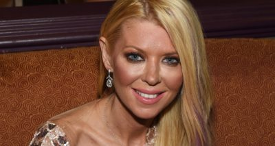 Tara Reid Gets Drunk at An Airport Bar While Her Plane Takes Off Without Her!