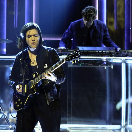 The XX Perform New Single'SAY SOMETHING LOVING' on The Tonight Show With Jimmy Fallon