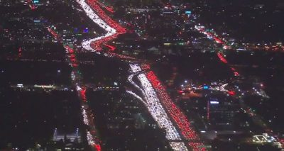 Los Angeles Thanksgiving Traffic Does THE MANNEQUIN CHALLENGE!